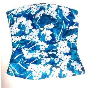 White House black market 4 top flower shirt silk